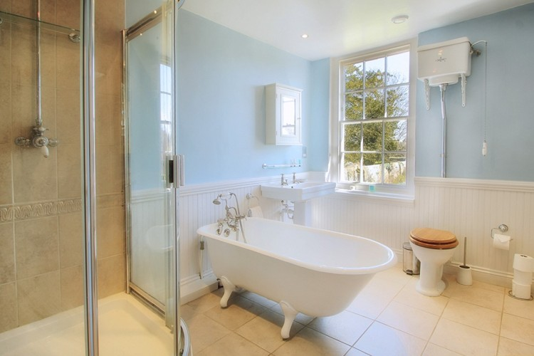 Boreham House Bed and Breakfast luxury bathroom