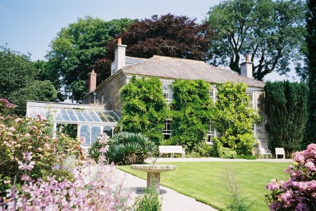 Tregoose bed and breakfast cornwall garden view