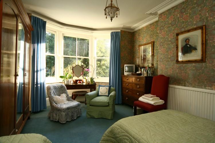 113 Pepys Road guest bedroom