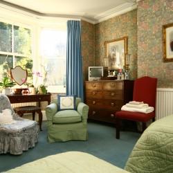 113 Pepys Road bedroom
