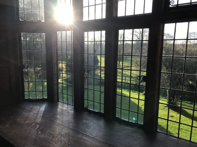 Borough Court Bed and Breakfast garden window