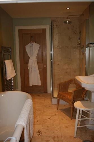 Braefield Bed and Breakfast bathroom and bathrobe