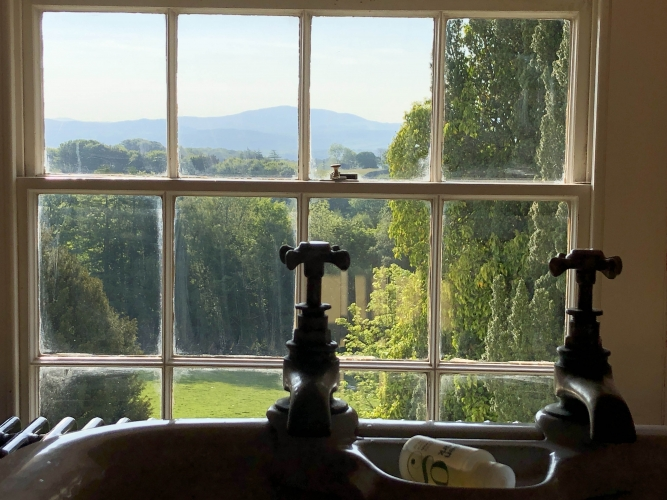 Broadgate House bed and breakfast