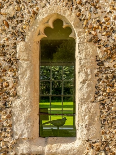 College-Farm-Thetford-BB-gothic-windowe