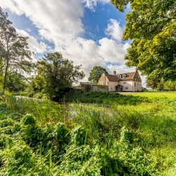 College-Farm-Thetford-BB-rearview-distant