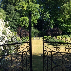 The old rectory pimperne B&B garden gate