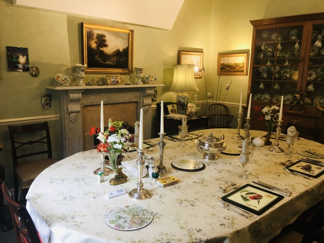 Uplands House B&B guest dining room
