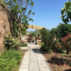 Elm Grove Country House B&B garden