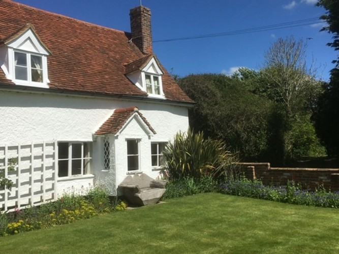 Flindor Cottage B&B garden facade