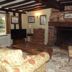 Flindor Cottage B&B guest sitting room