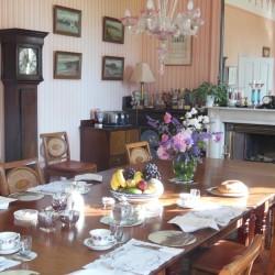 Glebe House Muston B&B guest breakfast room