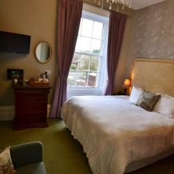Bedroom at Glendon House B&B