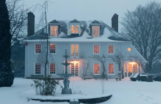 Greenhill House B&B garden in winter
