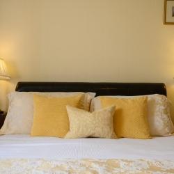Heads Nook Hall guest bedroom