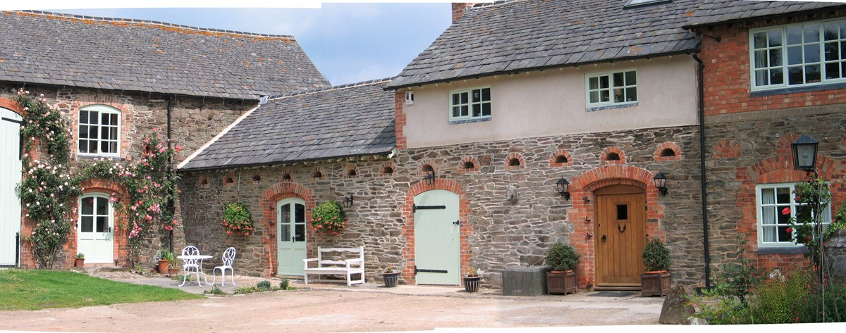 Horseshoe Cottage Farm B&B