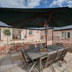 Wrackleford estate Langford Valley Barn self catering patio
