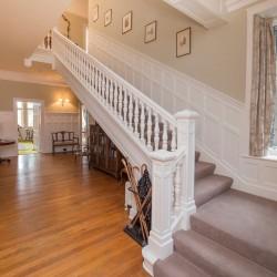 Lys-Na-Greyne B&B - staircase