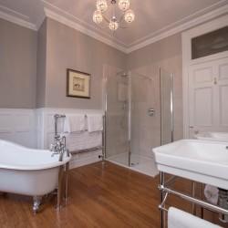 Lys-Na-Greyne B&B - bathroom