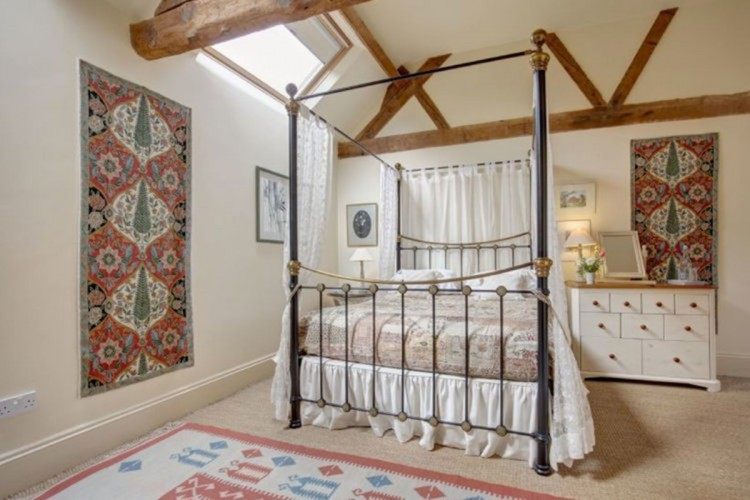 Manor House Farm, Garden Cottage bedroom