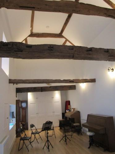 North Walls House B&B - music room