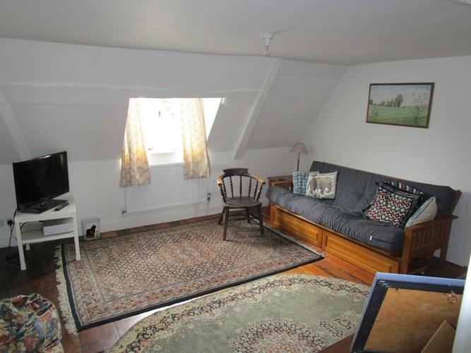North Walls House B&B - television room