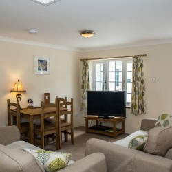 Pendragon Estate self catering Cottage sitting room