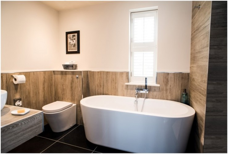 Roseberry Cottage bed and breakfast bathroom