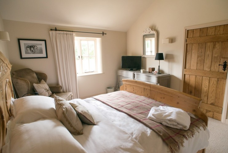 Roseberry Cottage bed and breakfast bedroom