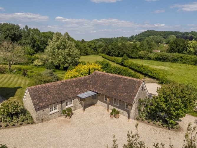 Talbot Cottage Aerial View 2