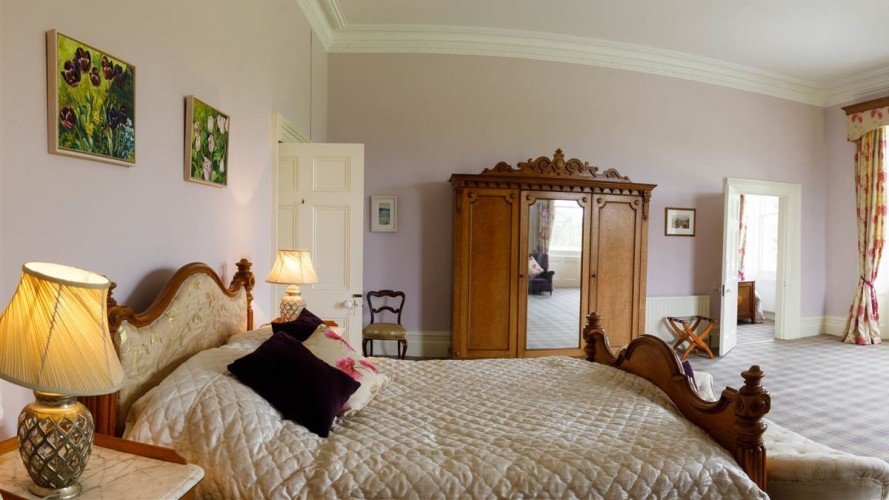 Temple House B&B Double Bedroom
