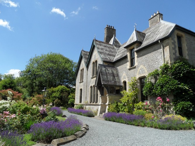 the old vicarage bed and breakfast powys