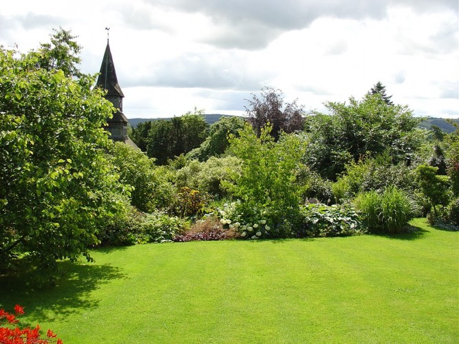 The Old Vicarage Powys bed and breakfast garden