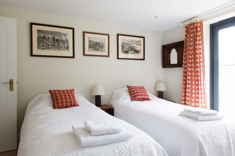 The Ox House Bed and Breakfast North Cotswolds Twin Room