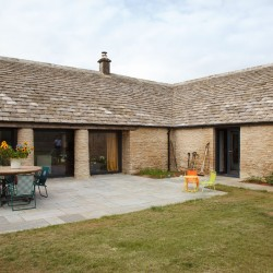 The Ox House Bed and Breakfast North Cotswolds Exterior