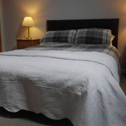 The Granary self catering at the Wold Cottage