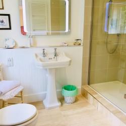 Tirol House Bathroom