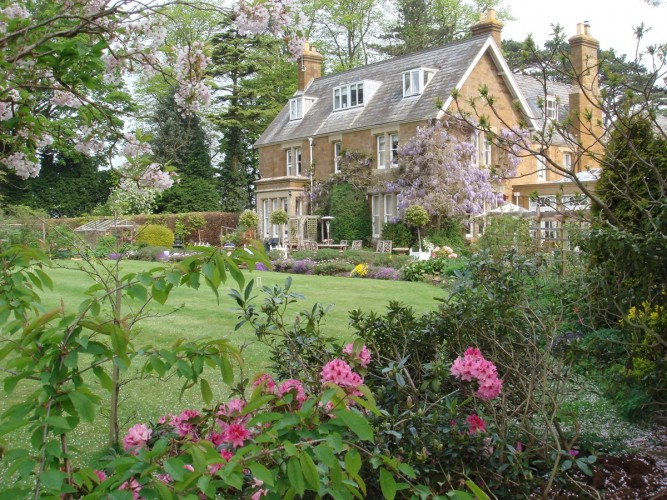 Uplands House bed and breakfast