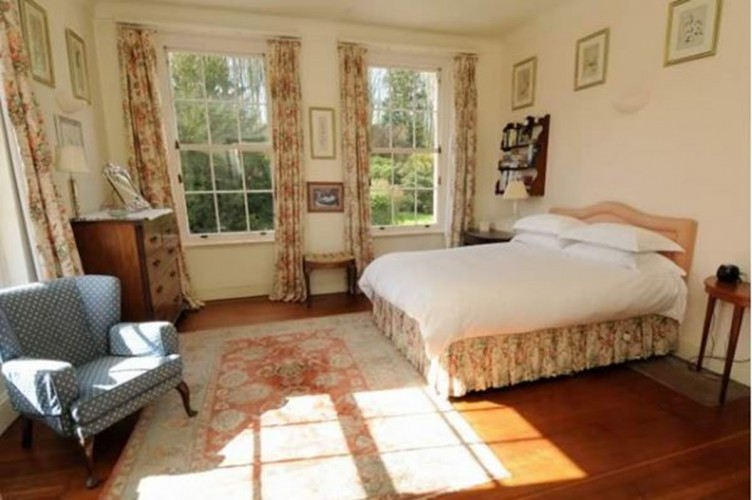 Warwick Hall Double Bedroom