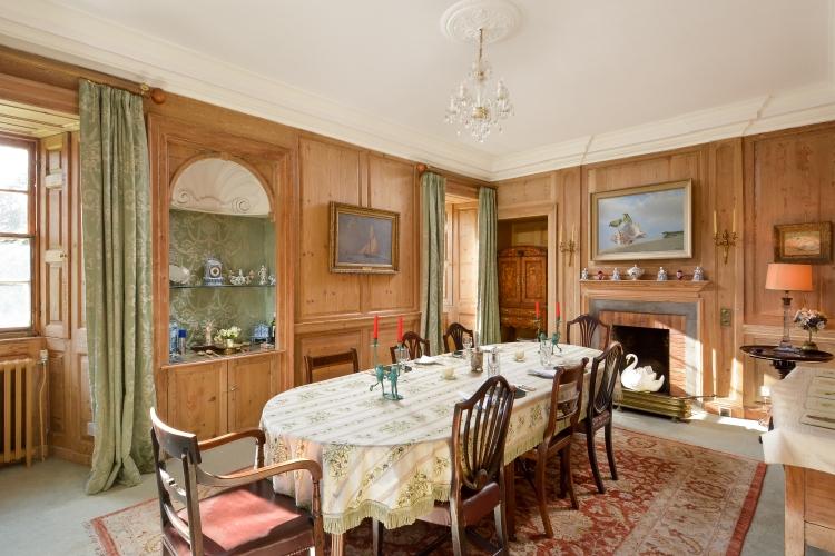 Cardross B&B dining room