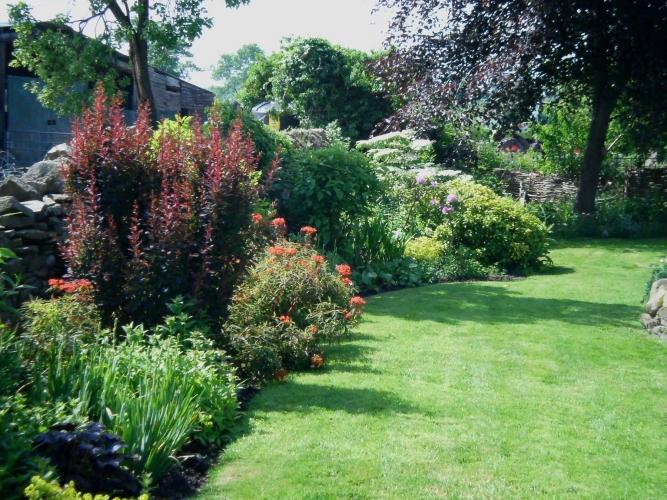 Court Farm Church Stretton B&B gardens