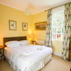 Holbecks House Hadleigh B&B bedroom