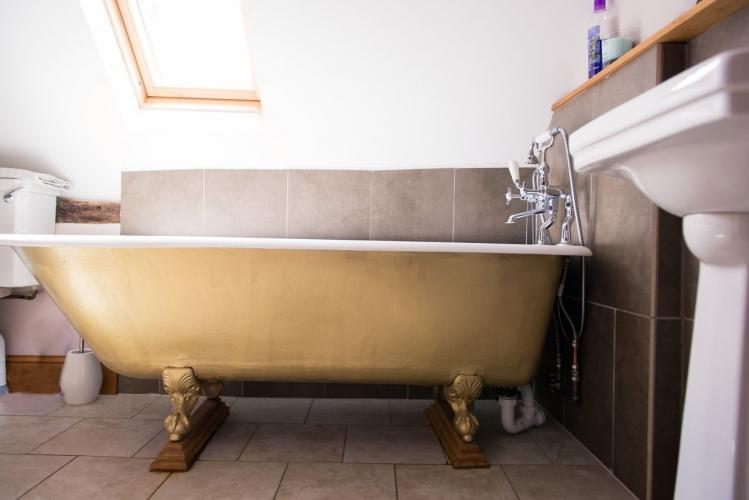 Huntlands farm bathroom 3