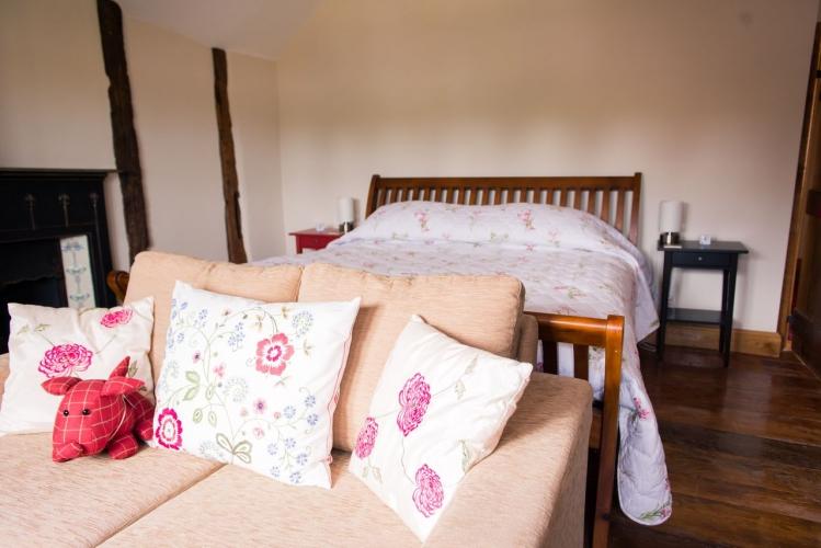 Huntlands farm bedroom 5