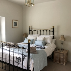 Holywell House bedroom 5