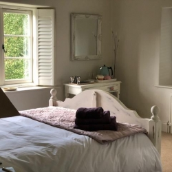 Holywell Lodge bedroom