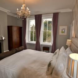 Glendon House B&B Premier Bedroom