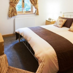 Heads Nook Hall Cottage self catering carlisle bedroom