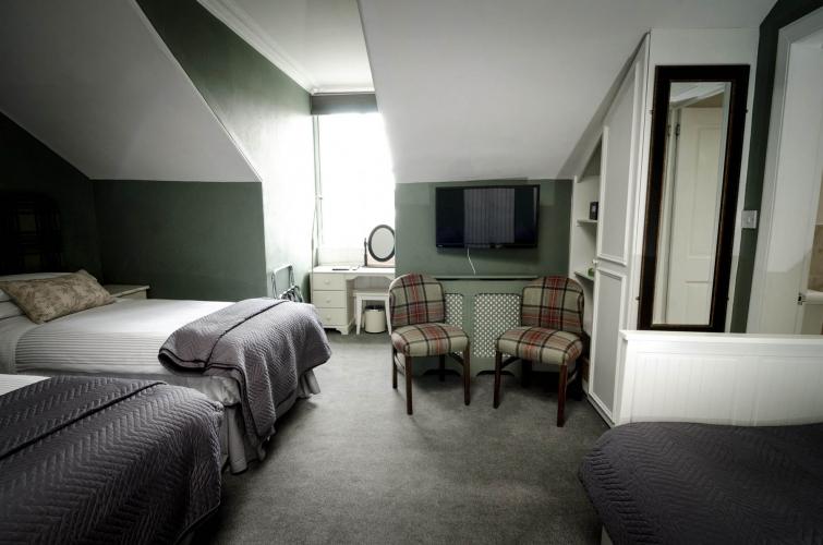 Kingsway Guest House Edinburgh bedroom 6