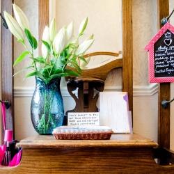 Kingsway Guest House Edinburgh flowers
