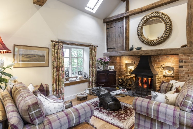 Horseshoe Cottage B&B guest sitting room